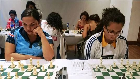 Las Maestras FIDE costarricenses Leticia Gamboa y María Rodríguez